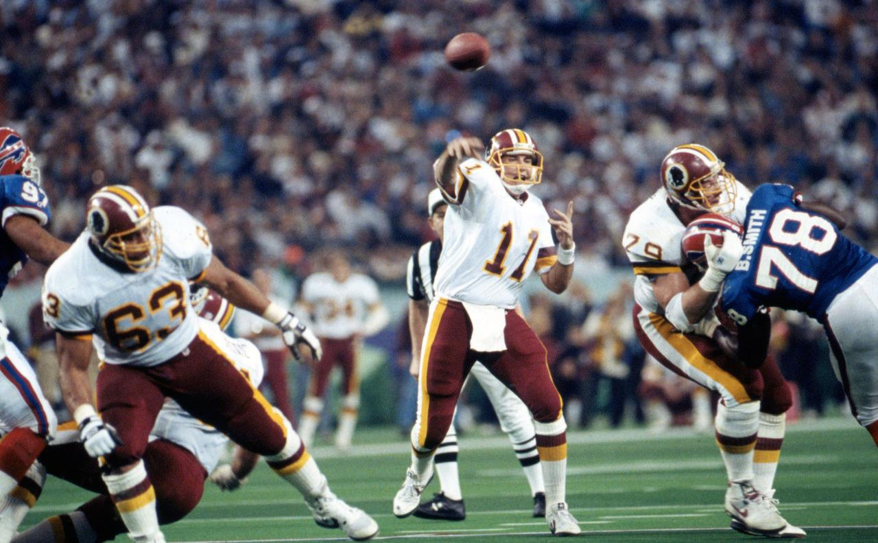 https://imagecomposer.nfl.com/?f=jpg&l=http://static.nfl.com/static/content/public/pg-photo/2015/09/04/0ap3000000522380/super-bowl-xxvi-redskins-bills_pg_600.jpg